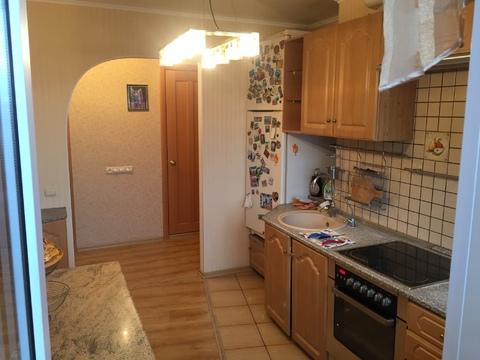 Продается 3 комнатная квартира на улице Льва Толстого, район Турынино - Фото 1