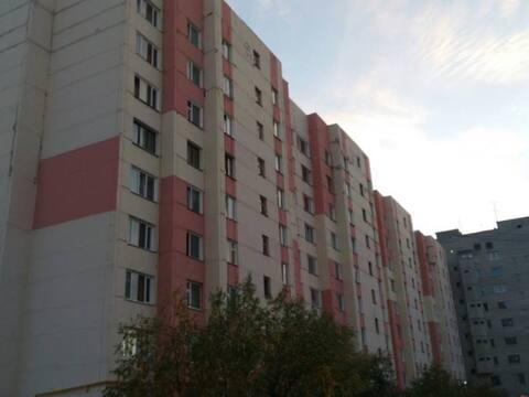 Продажа трехкомнатной квартиры на Советском микрорайоне, 8к2 в Новом ., Купить квартиру в Новом Уренгое по недорогой цене, ID объекта - 319884298 - Фото 1