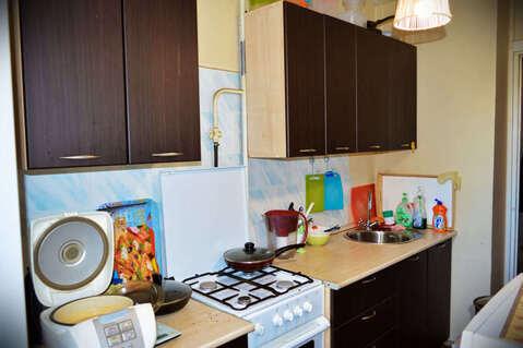 Продажа комнаты 10.8 м2 в трехкомнатной квартире ул Июльская, д 21 . - Фото 1