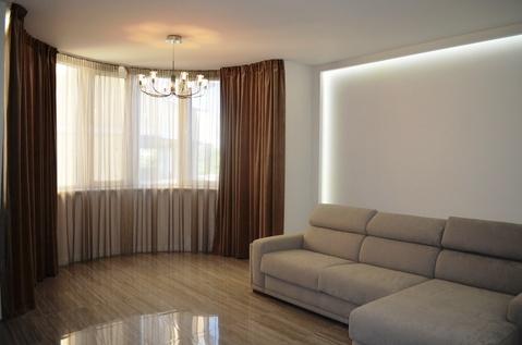 Продажа квартиры с новым ремонтом в окружении парка - Фото 1