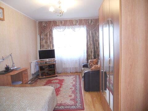 Продам 2-комнатную квартиру по ул. Есенина, 50а. - Фото 1