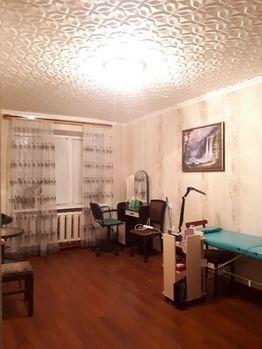 Продажа комнаты, Астрахань, Улица Николая Островского - Фото 1