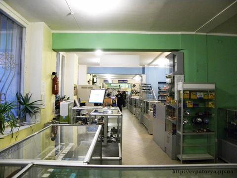Большой магазин на проезжей части Евпатории - Фото 4