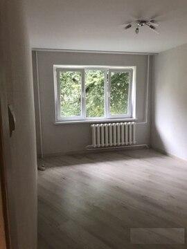 Продам двухкомнатную квартиру на Чернышевкого, Купить квартиру в Калининграде по недорогой цене, ID объекта - 322703068 - Фото 1