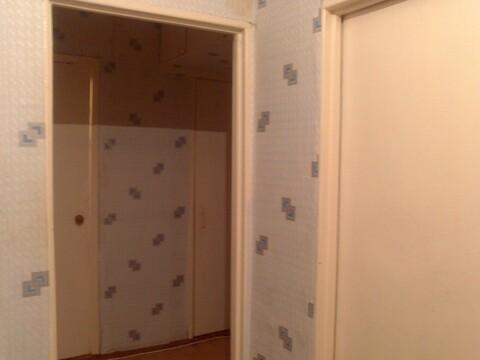 1-комнатная квартира на ул. Комиссарова, 4 - Фото 2