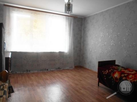Продается комната с ок в 3-комнатной квартире, ул. Антонова - Фото 3