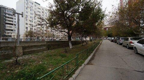 Купить трехкомнатную квартиру улучшенной планировки в Новороссийске. - Фото 1