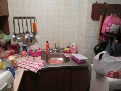 Комната 21м.кв. + 4м.кв. кухня (своя) - Фото 2
