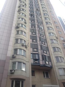Продается 2-комнатная квартира, Высоковольтный проезд, 1к7 - Фото 1