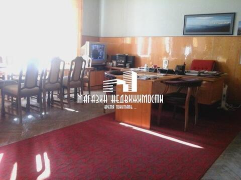 Офисные помещения 975 кв , 6 сот приватизированной земли, по адресу , . - Фото 1