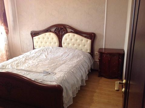 Проспект Победы 106а; 3-комнатная квартира стоимостью 30000 в месяц . - Фото 1