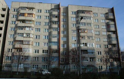 Продам 1 квартиру в нюр пр.Тракторостроителей рядом детсад и школа