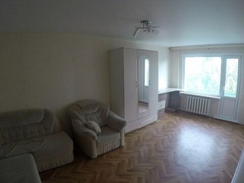 Продаётся 1 комнатная квартира по ул. Кижеватова 9 окна не на дорогу - Фото 2