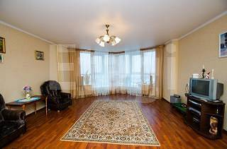 Продам 3-комн. кв. 124 кв.м. Белгород, Щорса - Фото 1