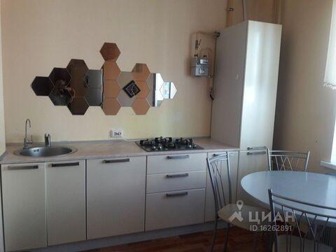 Аренда квартиры, Псков, Улица Шестака - Фото 1