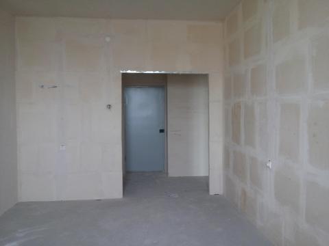Продается 1 комнатная квартира в новостройке (Дзержинском районе) - Фото 1