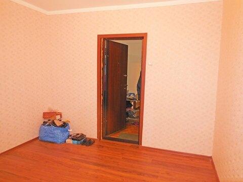 Комната 13 (кв.м) в 4-х комнатной квартире. Этаж: 3/5 кирпичного дома. - Фото 2