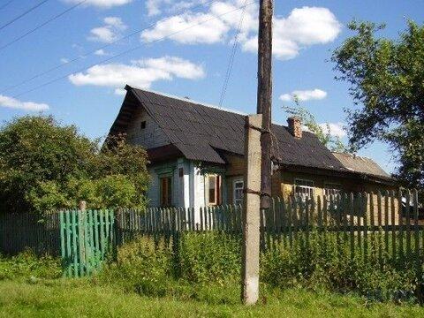 Деревянный дом старой постройки площадью 40 кв.м на участке 25 соток в . - Фото 1