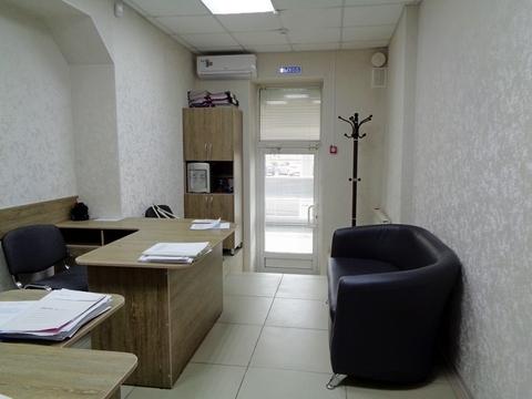 Торгово-офисное помещение 33 м2 в центре г. Кемерово - Фото 1