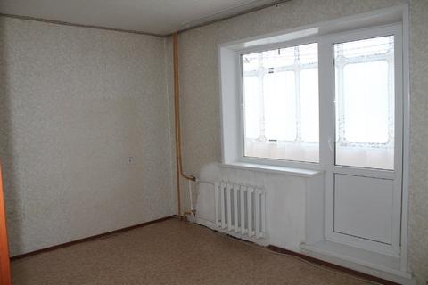Просторная двухкомнатная квартира в хорошем состоянии. - Фото 1