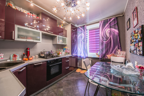 Объявление №48960234: Продаю 2 комн. квартиру. Санкт-Петербург, ул. Белы Куна, 5,