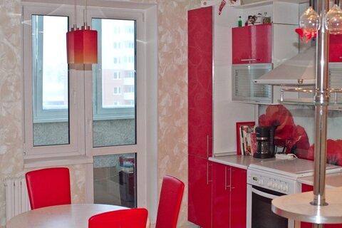 Трёхкомнатная квартира в Новополоцке ул.Денисова, дом 4, Купить квартиру в Новополоцке по недорогой цене, ID объекта - 318200995 - Фото 1