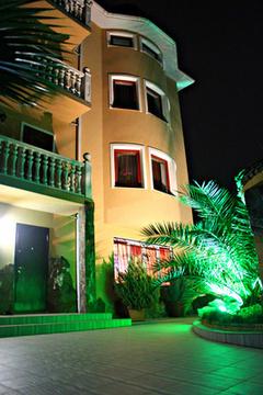 Гостиница +дом с бассейном в Адлере у моря - Фото 3
