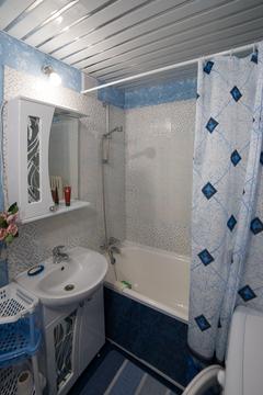 Продается двухкомнатная квартира 45 кв. м - Фото 1