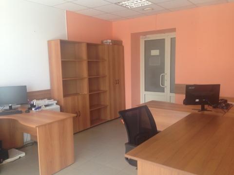 Офисное помещение 32,5 кв.м. - Фото 1