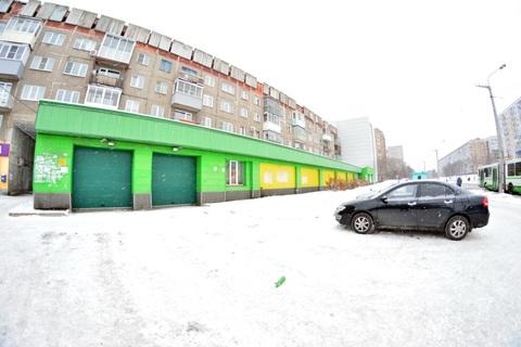 Продается Торговый центр. , Новокузнецк город, улица Тореза 64 - Фото 3