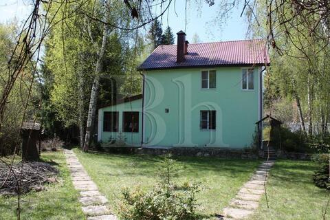 Уютный тёплый дом на на лесном участке с вековыми деревьями в 29 км . - Фото 2