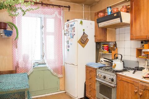 Владимир, Комиссарова ул, д.18, 3-комнатная квартира на продажу - Фото 1