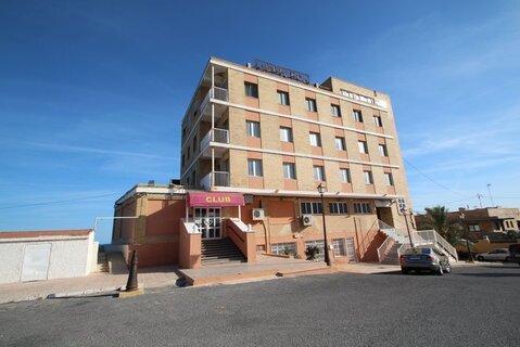 Продажа отеля на первой линии моря, в курортном городе Торревьеха, пров - Фото 1