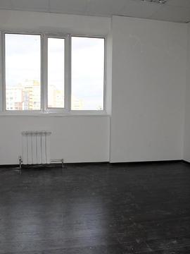 Офис в аренду, 70кв.м. ул. Белинского, есть парковка. Нов. дом, центр. - Фото 1