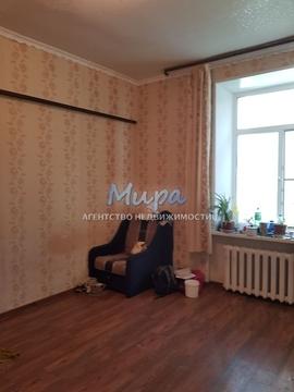 Комната в 3-х комнатной квартире в сталинском доме с высокими потолка - Фото 1