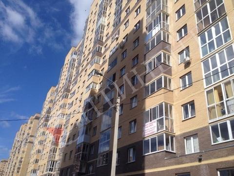 1-к квартира, 39 м, 10/16 эт, п. Свердловский, ул Строителей, 18 - Фото 1