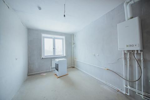 Продажа 3-комн. квартиры, 77 м2, этаж 1 из 9 - Фото 2