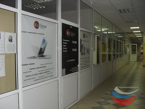 Помещение в торгово-офисном центре 34 кв.м. ул. Свердлова д. 1 - Фото 2