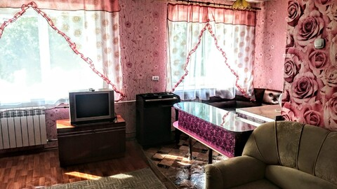 Недорогая квартира посуточно в центре г.Братска (р-н автостанции). - Фото 1