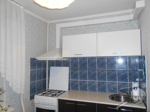 Продается 1-комнатная квартира, пр. Строителей - Фото 4