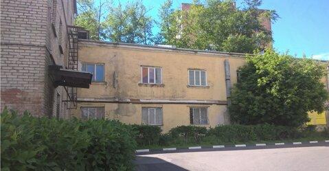 Отдельно стоящее здание с земельным участком - Фото 4