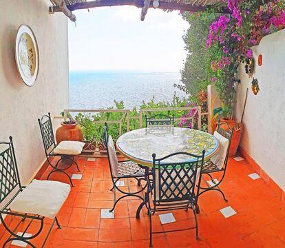 Аренда эксклюзивной виллы для отдыха на острове Капри, Италия - Фото 2