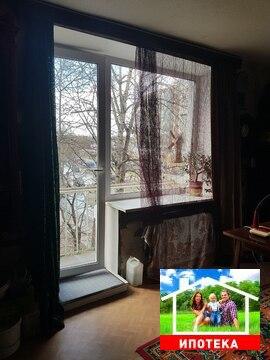 Продам двух комнатную квартиру в Гатчине - Фото 1