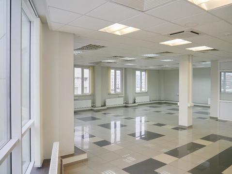 Презентабельный офис 200 метров в бизнес центре.