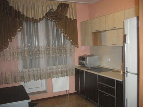 Сдаю на часы и сутки 1-комнатную квартиру на ул. Политбойцов, 7 - Фото 3