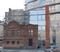 Сдам отдельно стоящее трехэтажное здание, площадью 730 кв.м. - Фото 1