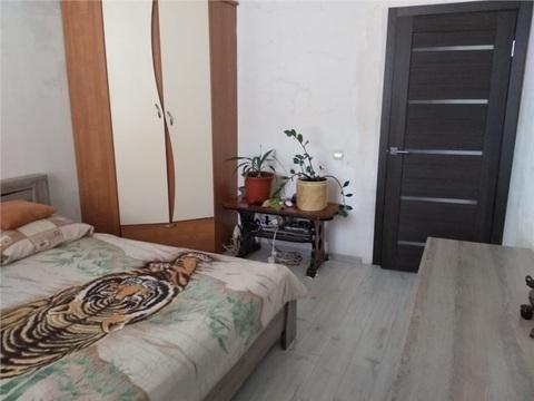 2 комнатная квартира по ул.Адоратского, д.1а - Фото 1