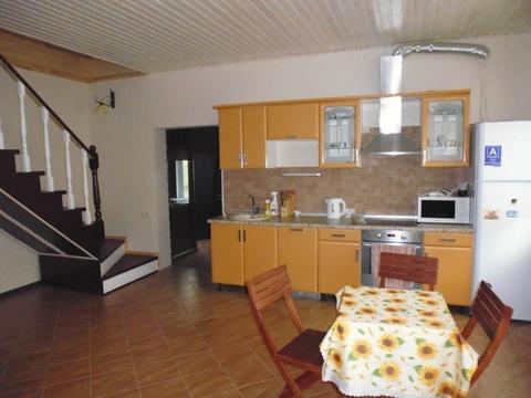 Сдается 2-этажный коттедж с баней/Дачный массив в районе Усть-Курдюма - Фото 2