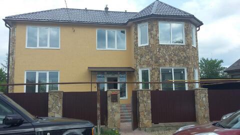 Двухэтажный кирпичный дом с эркером в г.Переславль-Залесский - Фото 1