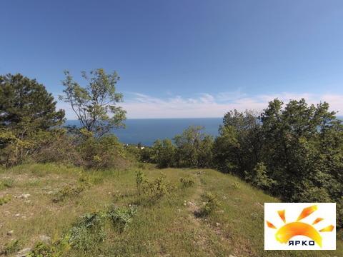 Продажа земельного участка в Алупке с видом на море и горы. - Фото 1